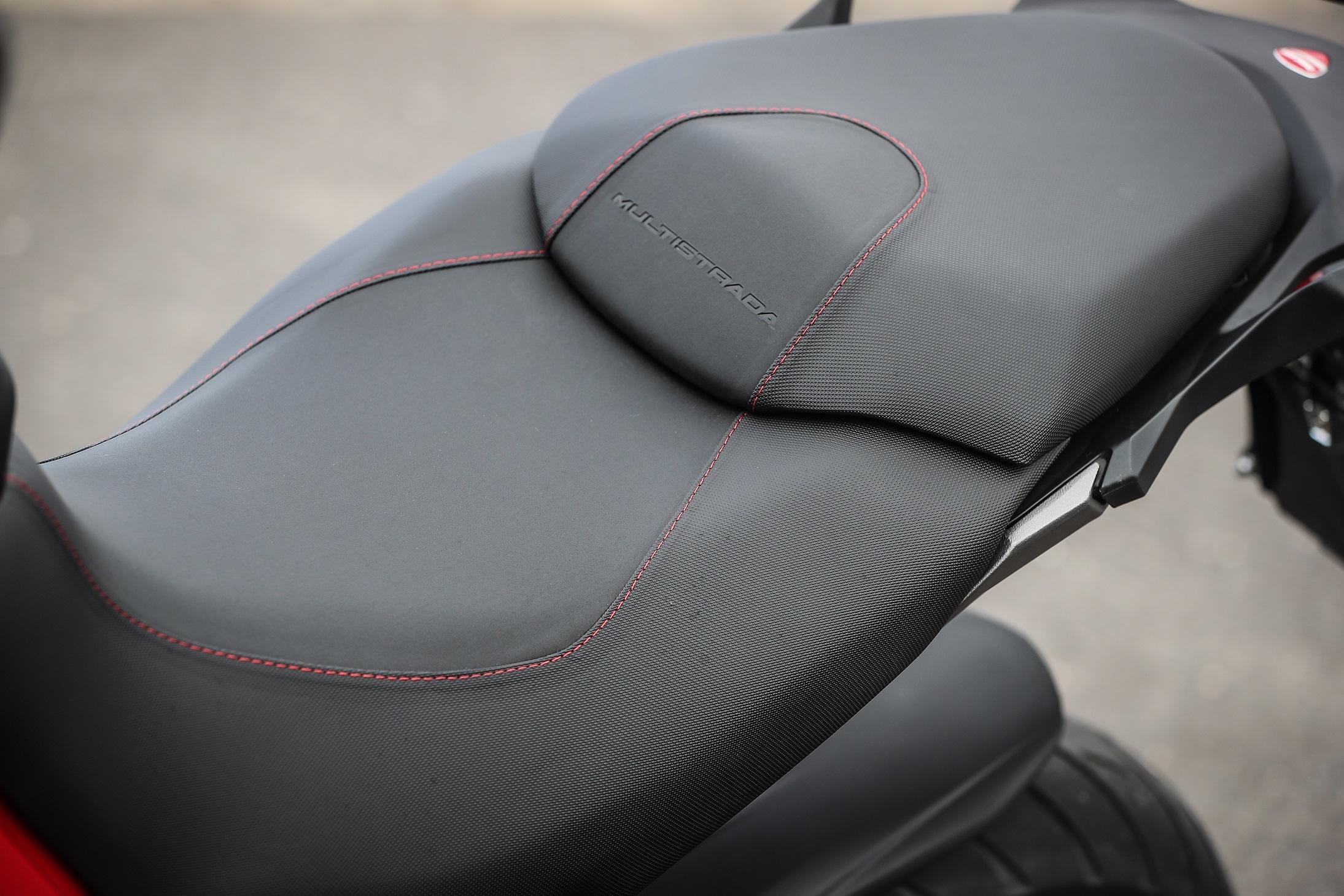 Ducati Multistrada 950 seat
