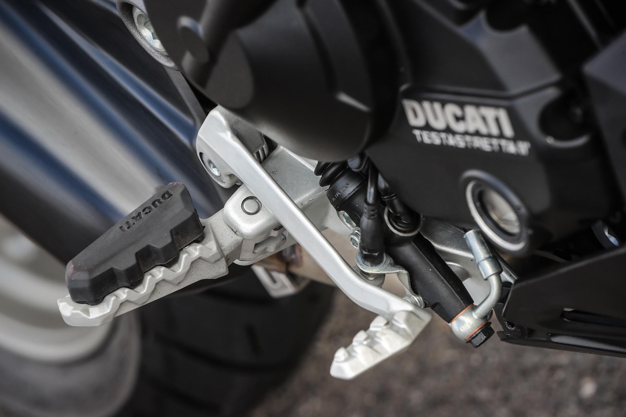 Ducati Multistrada 950 footrests