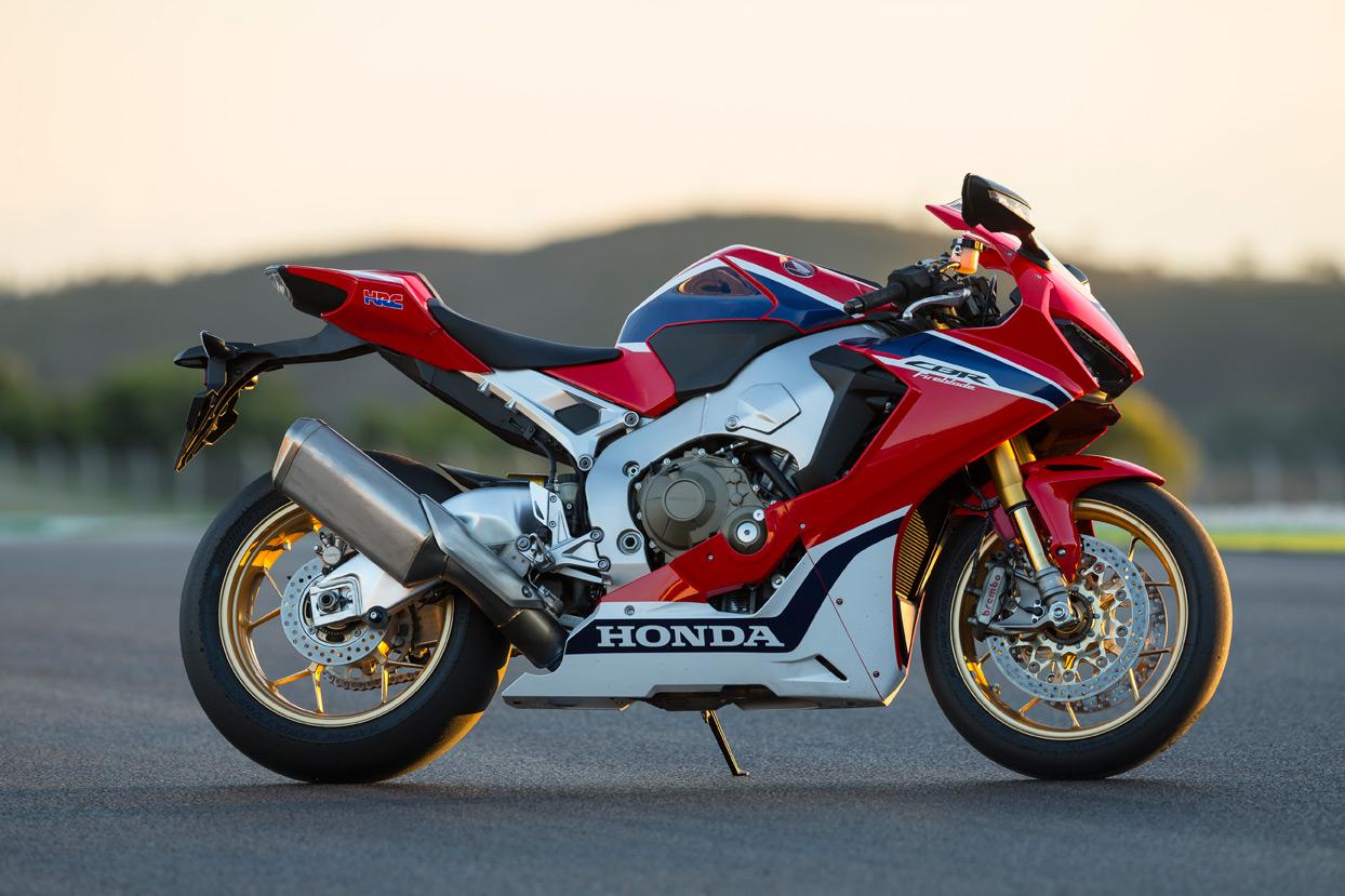 Honda Cbr1000rr Review >> First ride: Honda CBR1000RR F... | Page 1 | Visordown