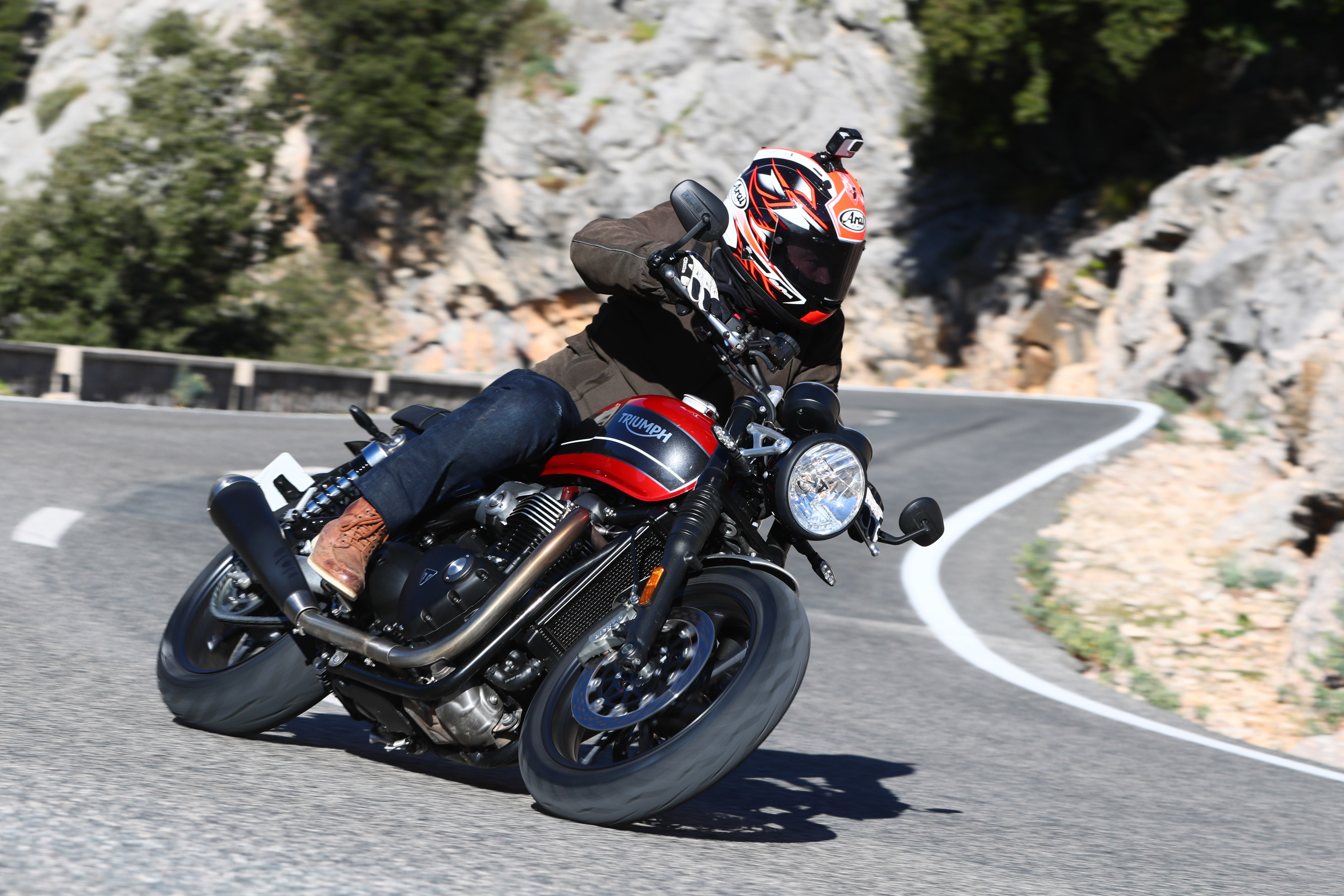 Triumph Speed Twin 1200 (2019) Review
