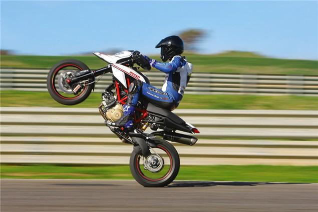 7 Ducati Hypermotard Sp Visordown