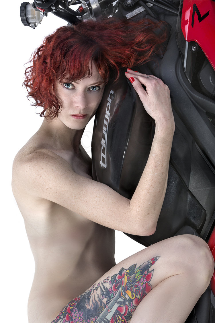 coming-motorcycle-and-nude-female-amateur-sex