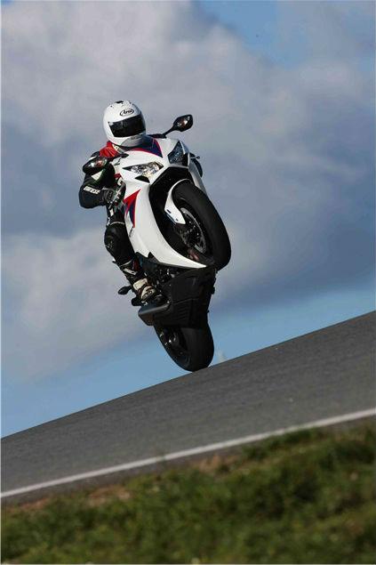 First Ride: 2012 Honda Fireblade review