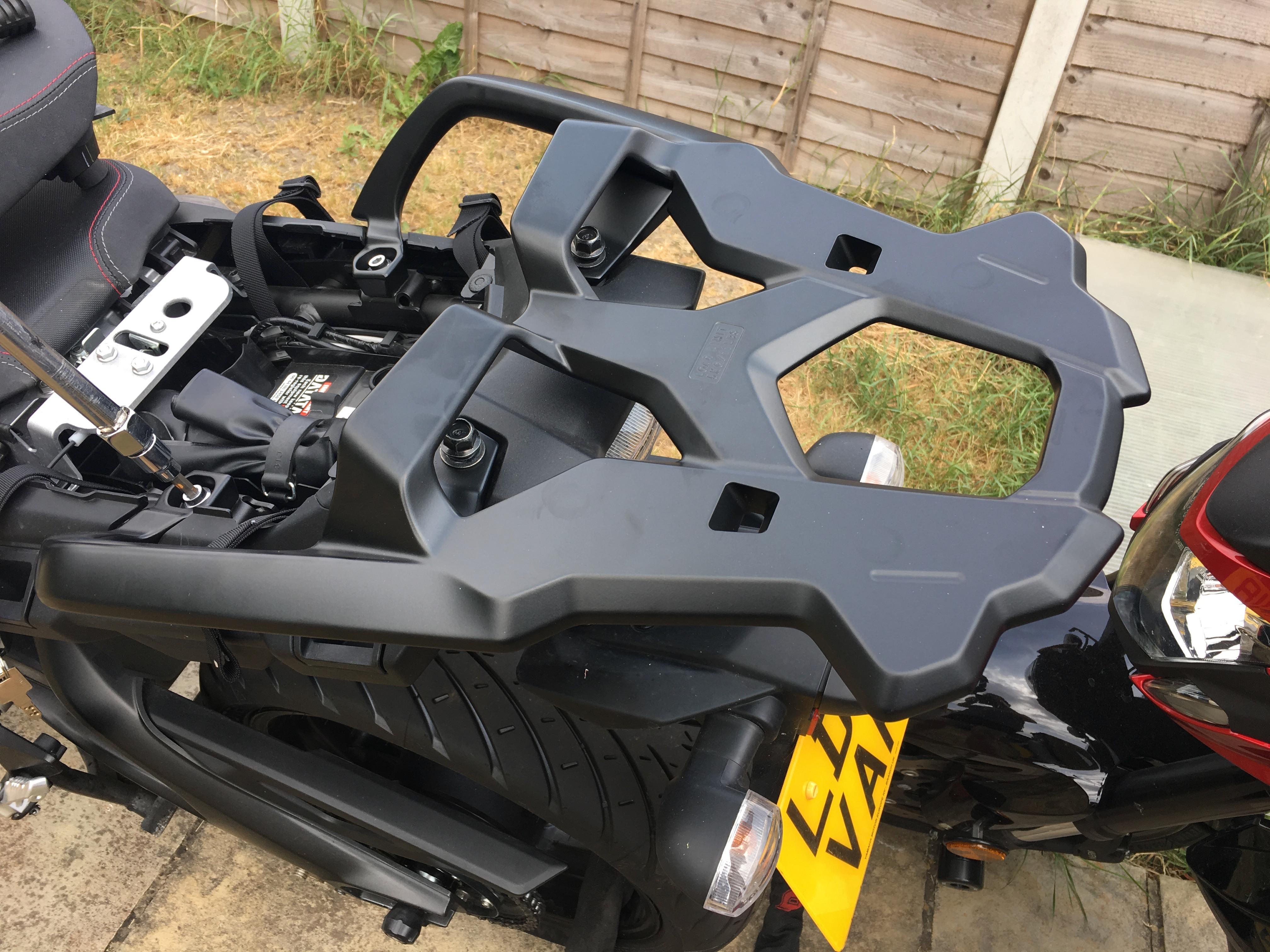 Yamaha Tracer top box rack