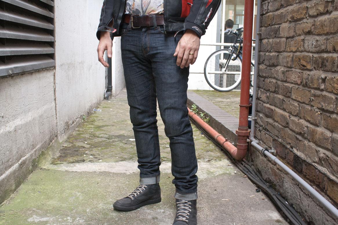 resurgence gear jeans review | visordown