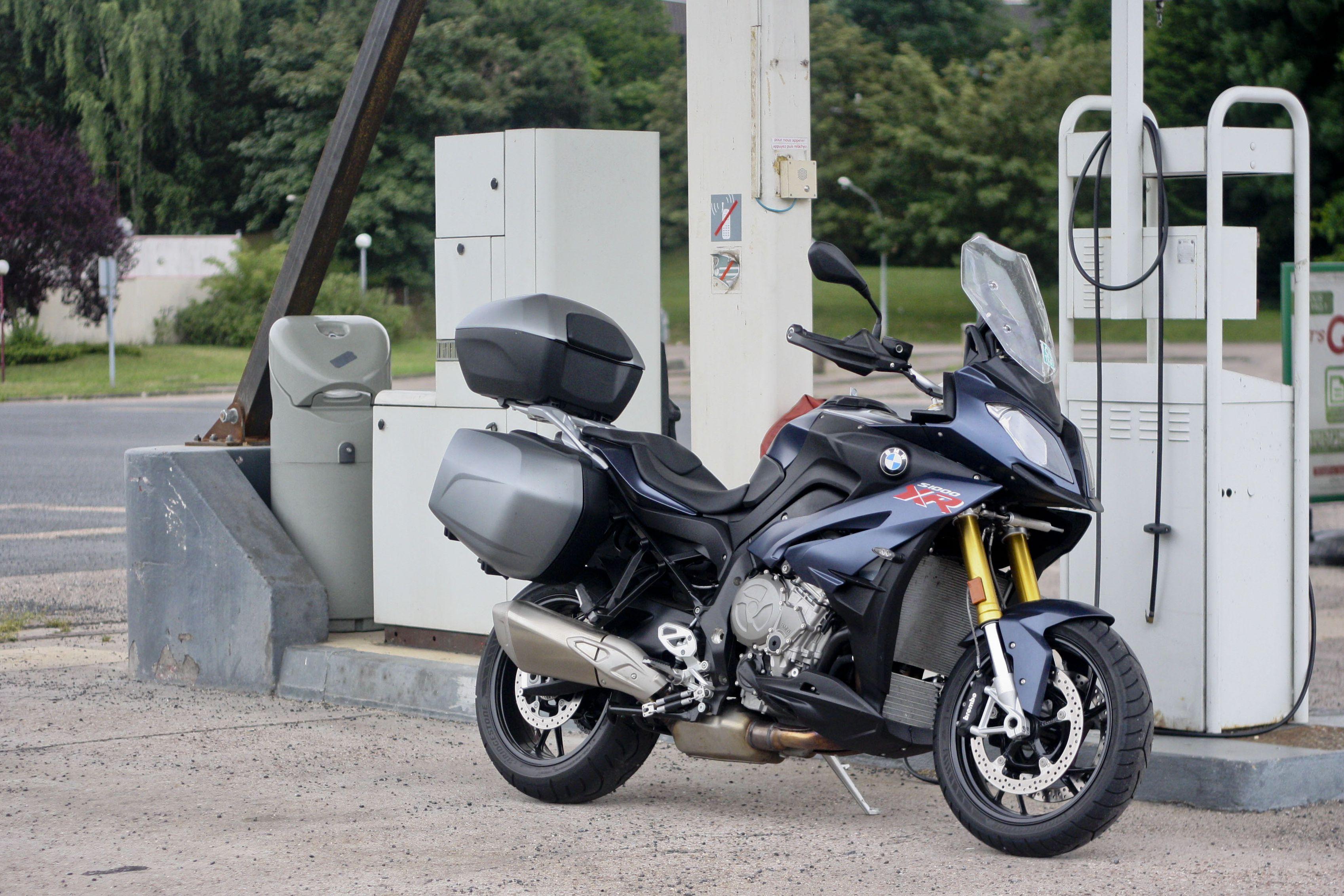 First Ride 2017 Bmw S1000xr Sport Se Re Visordown