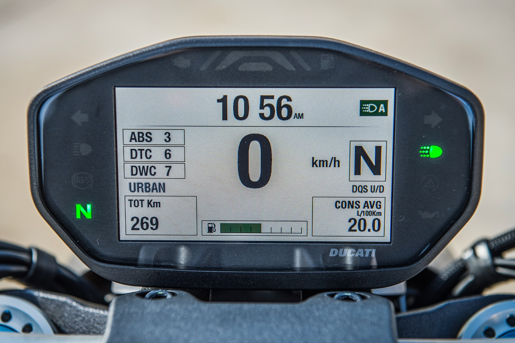 2017 Ducati Monster 1200 S instrument panel