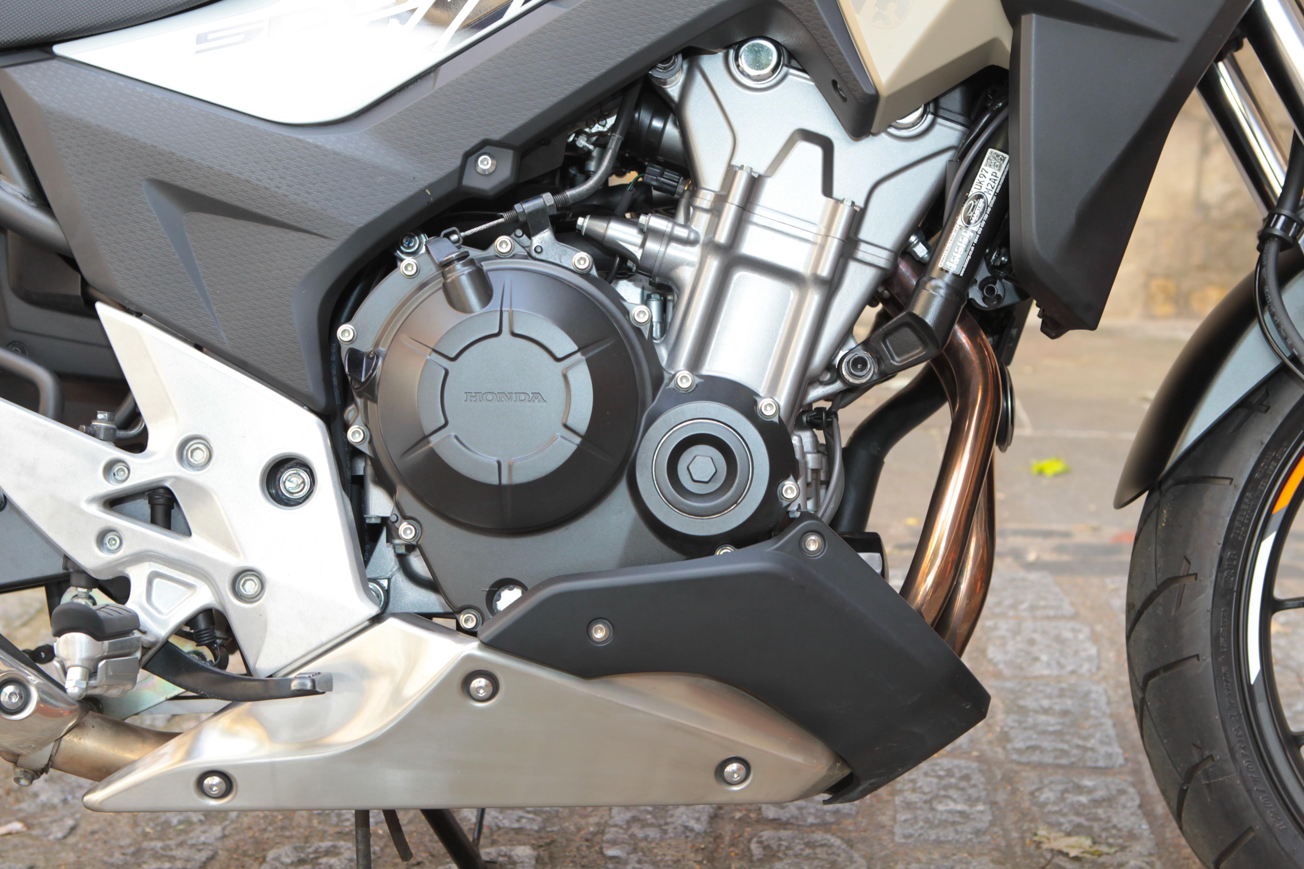 Honda CB500X engine