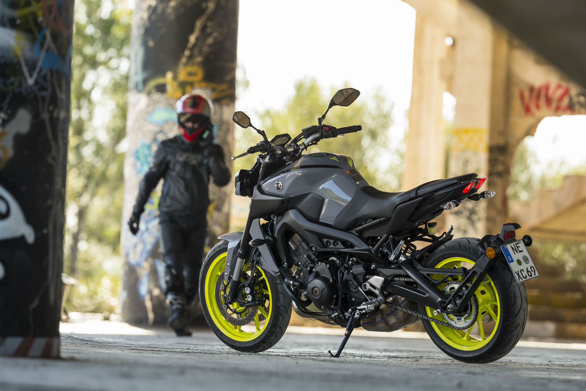 Model tested yamaha mt 09