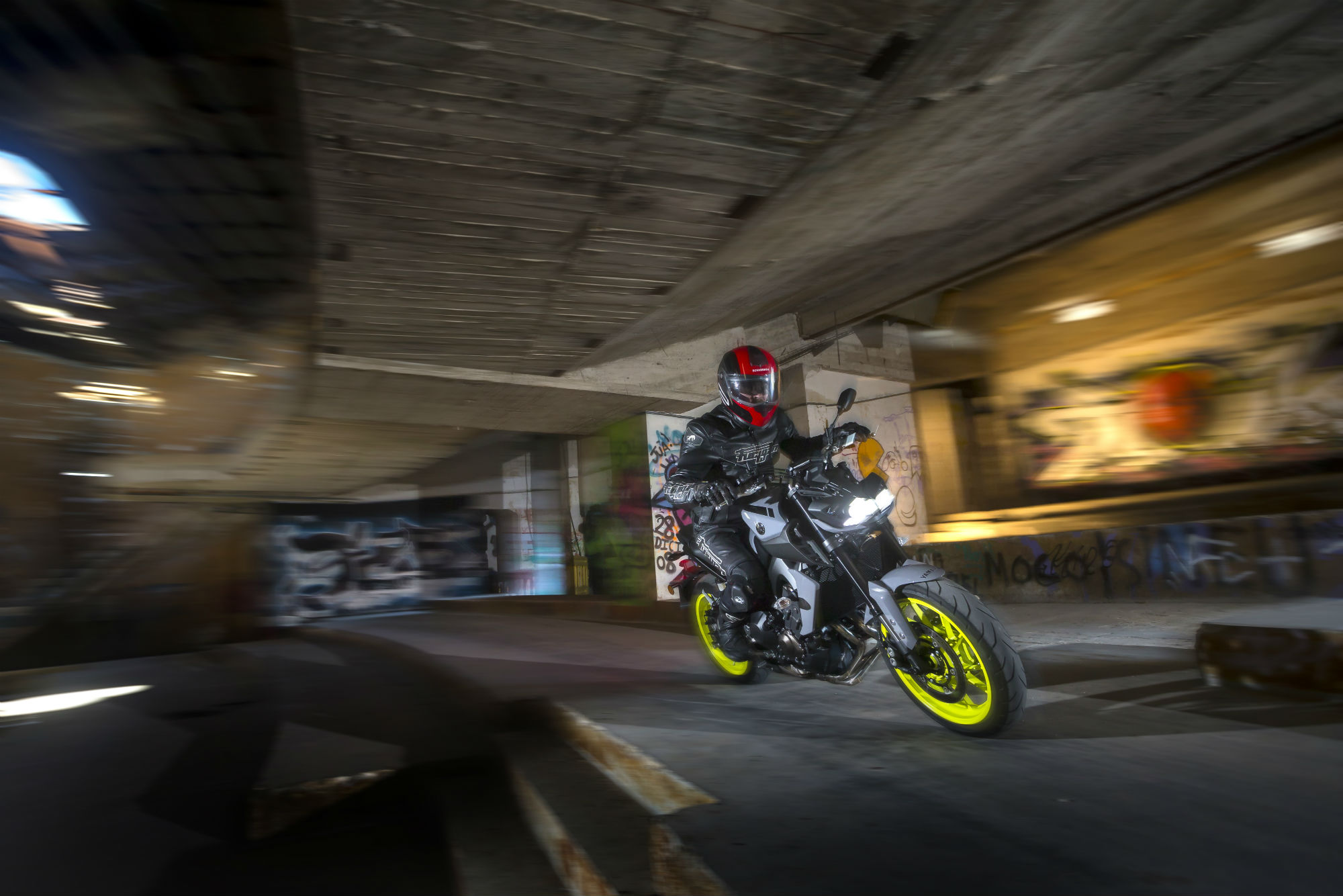 Yamaha Mt0 9 2017 Review Visordown Mt 09 Thats In Addition To The Rider Aids It Already Had Two Level Traction Control Power Modes And Abs