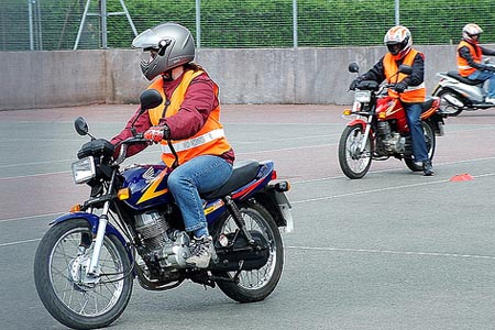 """""""Sort out bike test mess"""" says UK motorcycle industry"""