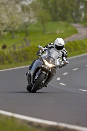 2010 Honda VFR1200F DCT first ride review