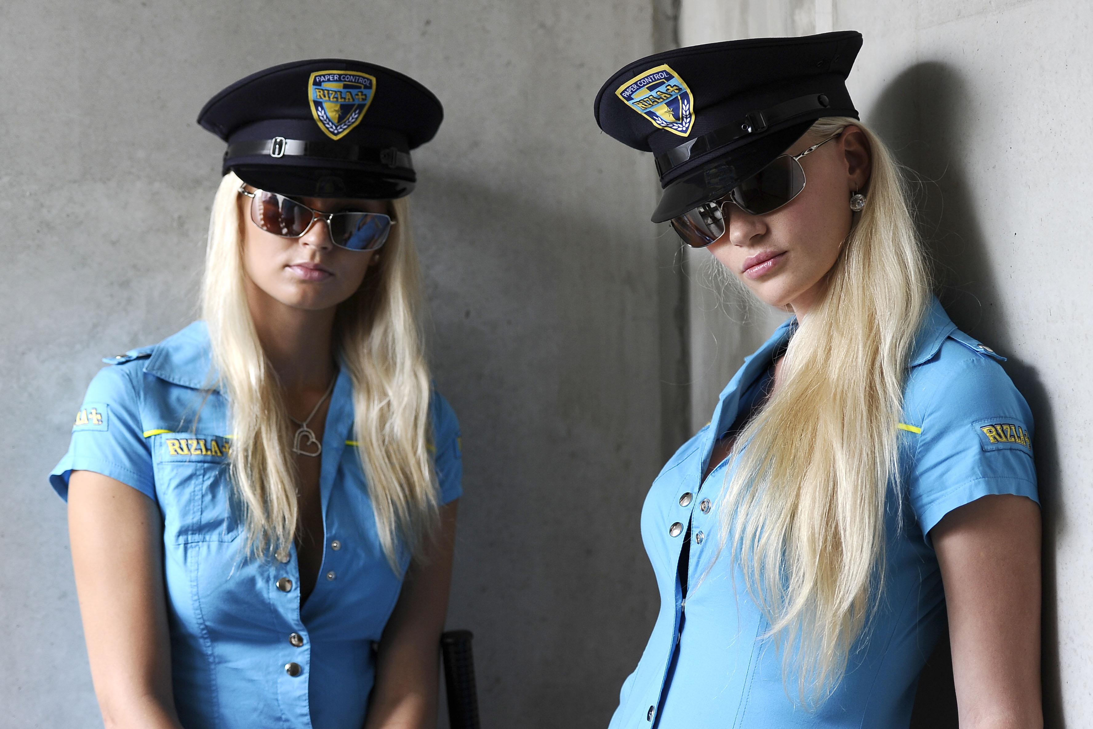 Девушки полицейские фото на аву