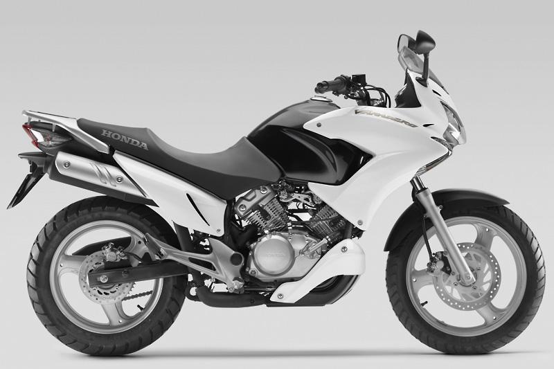 top 10 learner 125cc motorcycles page 5 visordown. Black Bedroom Furniture Sets. Home Design Ideas