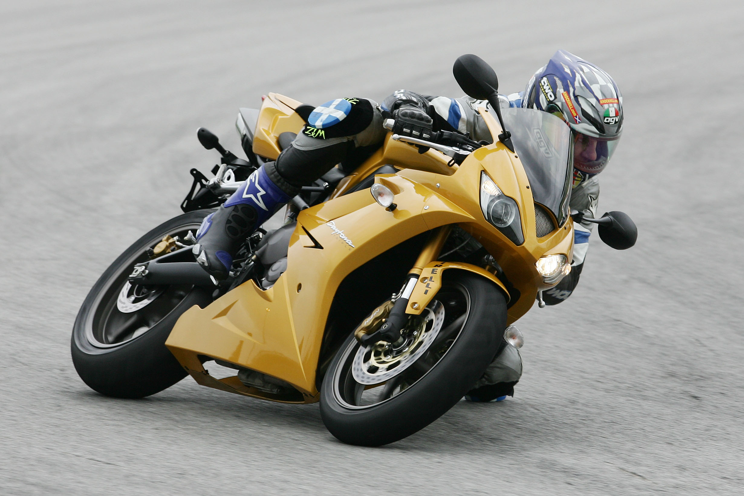 First Ride: 2006 Triumph Daytona 675