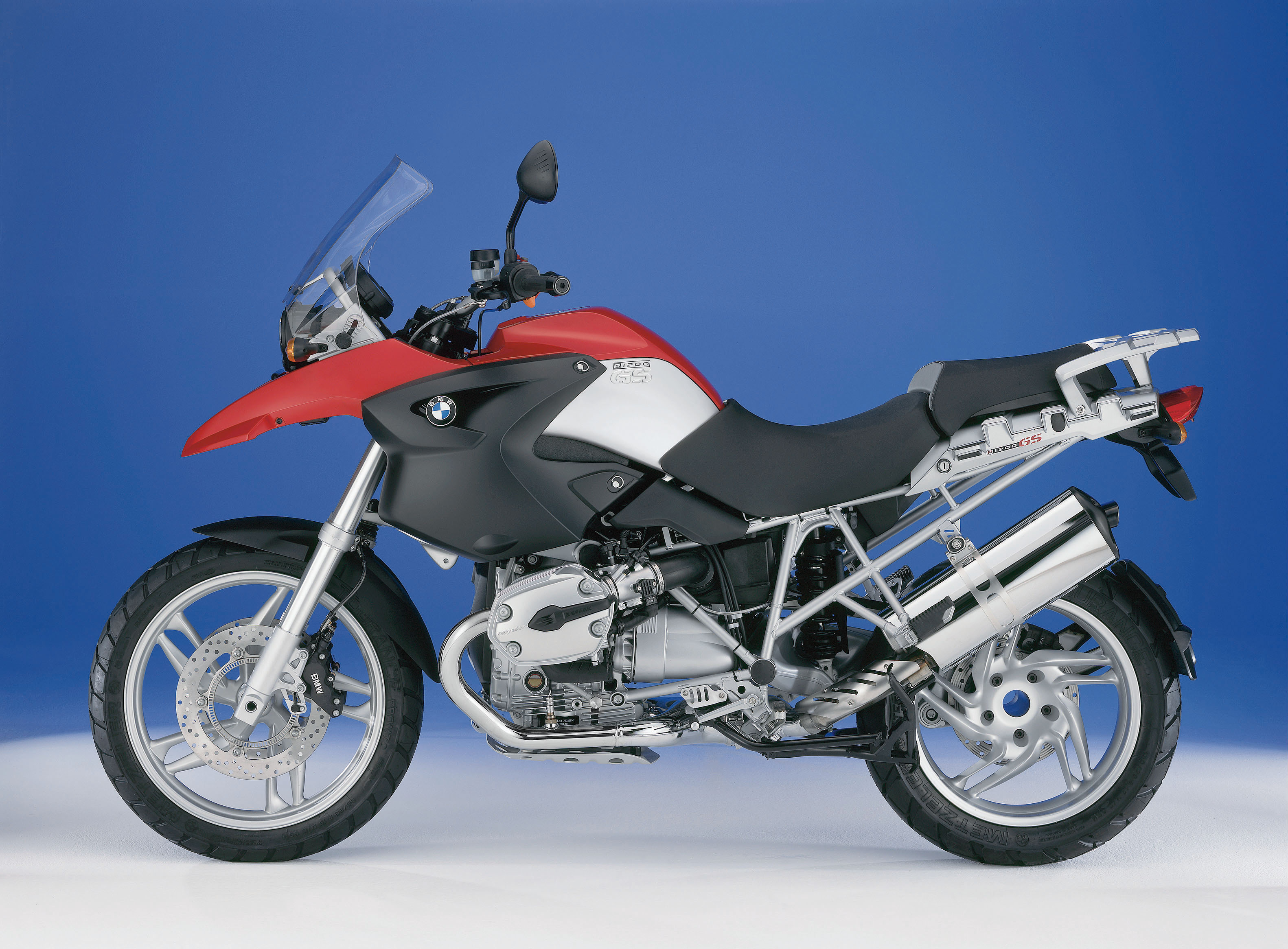 used review bmw r1150gs and r1200gs buy visordown. Black Bedroom Furniture Sets. Home Design Ideas