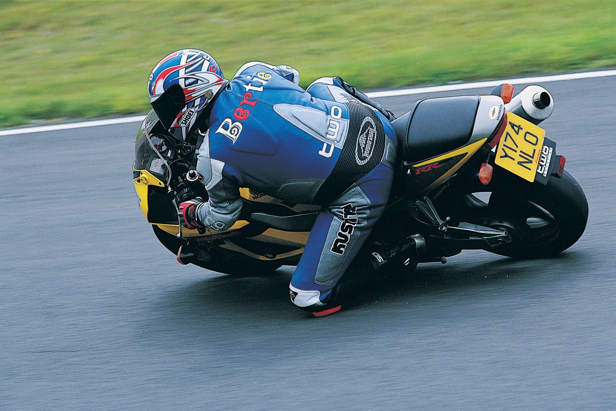 Living with a 2001 Honda CBR929RR Fireblade | Visordown