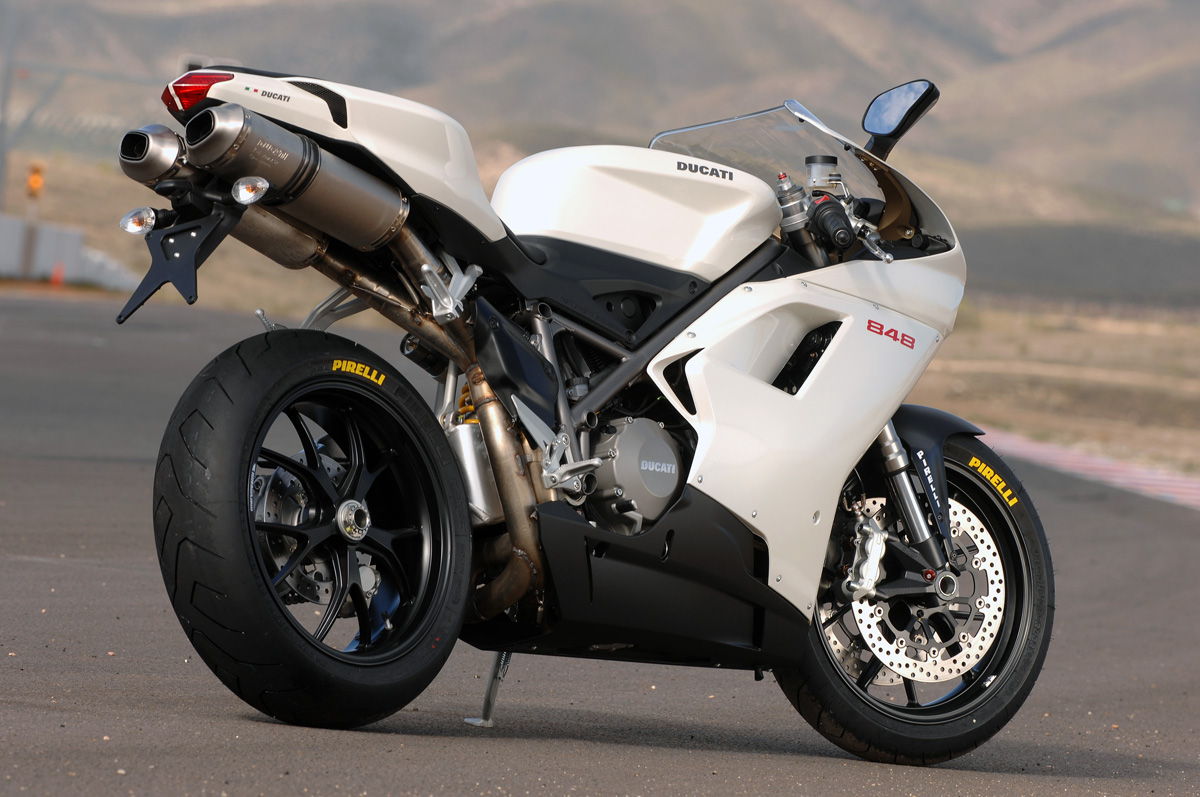 First Ride: 2008 Ducati 848 | Page 1 | Visordown
