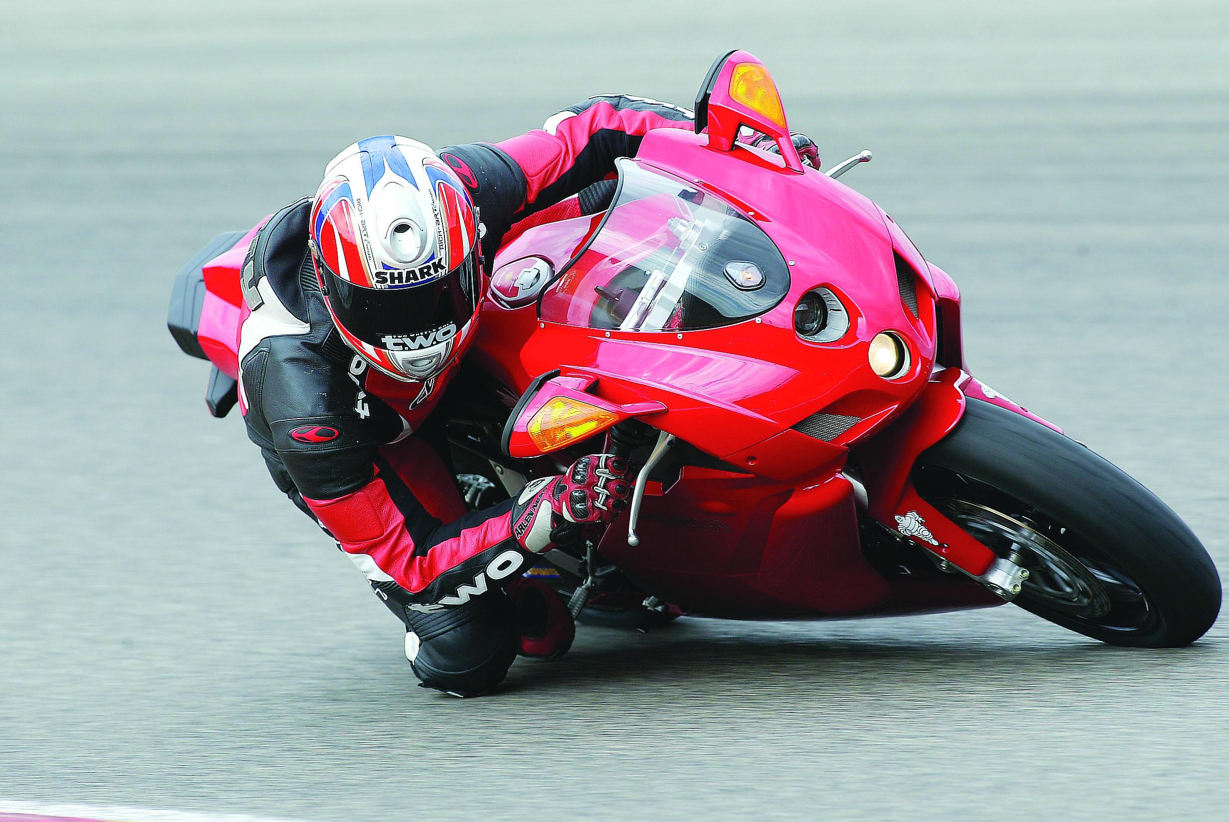 First Ride 2005 Ducati 999 Visordown