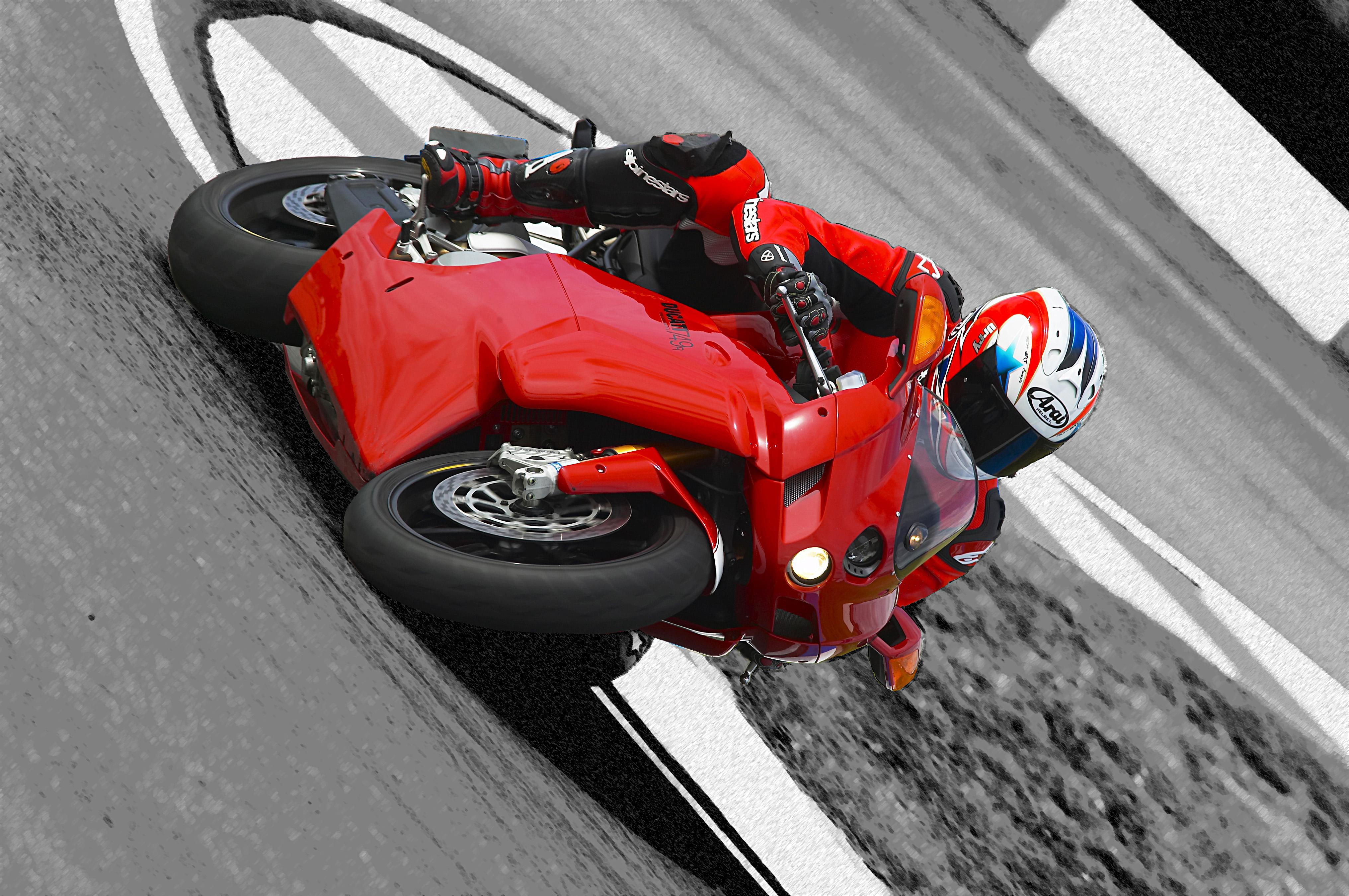 Road Test Ducati 999s Visordown