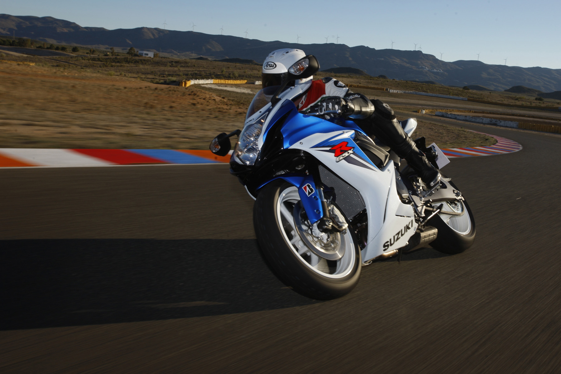 First Ride: 2011 Suzuki GSX-R600