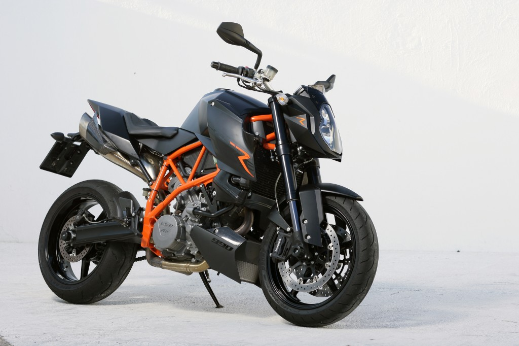 First Ride: 2007 KTM 990 Super Duke