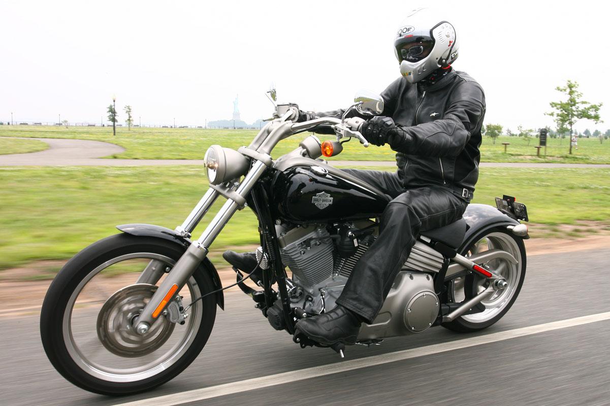 First Ride 2008 Harley Davidson Range Visordown