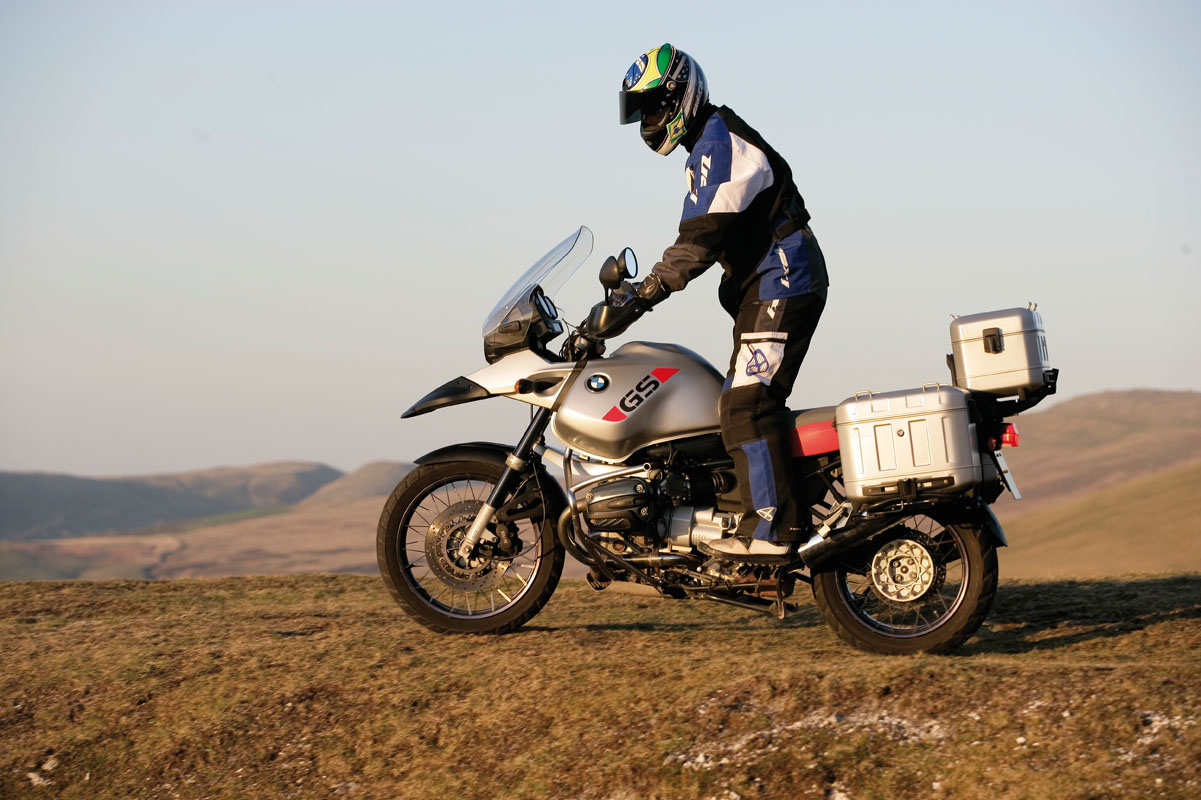 Road Test Bmw R1150gs V R1200gs Visordown