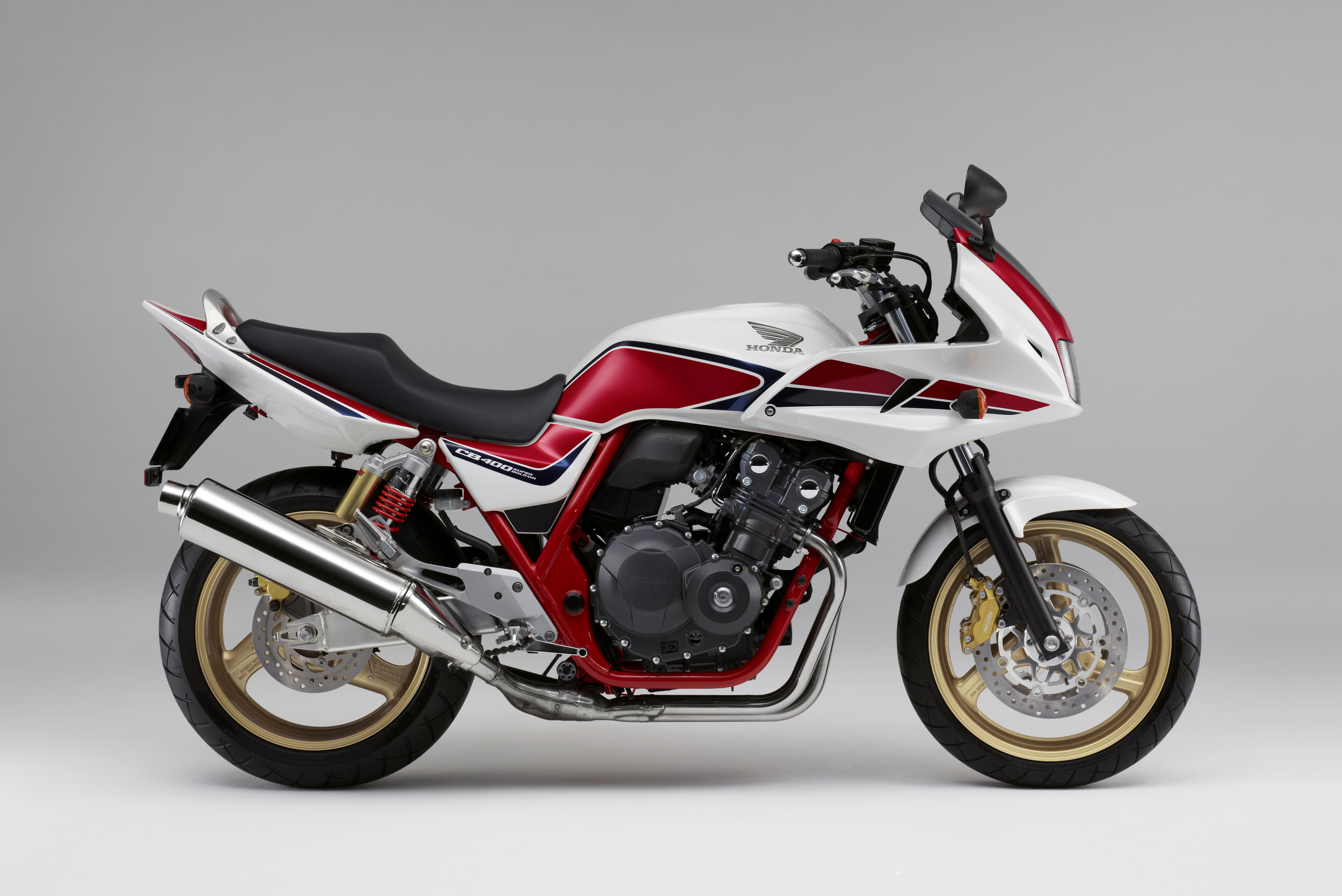 Honda CB400SF: photos and reviews. Motorcycle Specifications 76