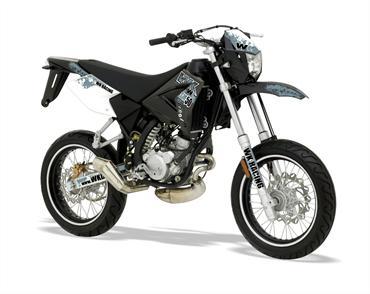WK unveil two-stroke SM50