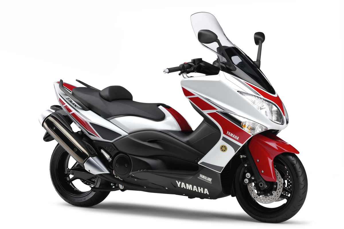 yamaha 500cc gp replica revealed motorcycle news new bikes visordown. Black Bedroom Furniture Sets. Home Design Ideas