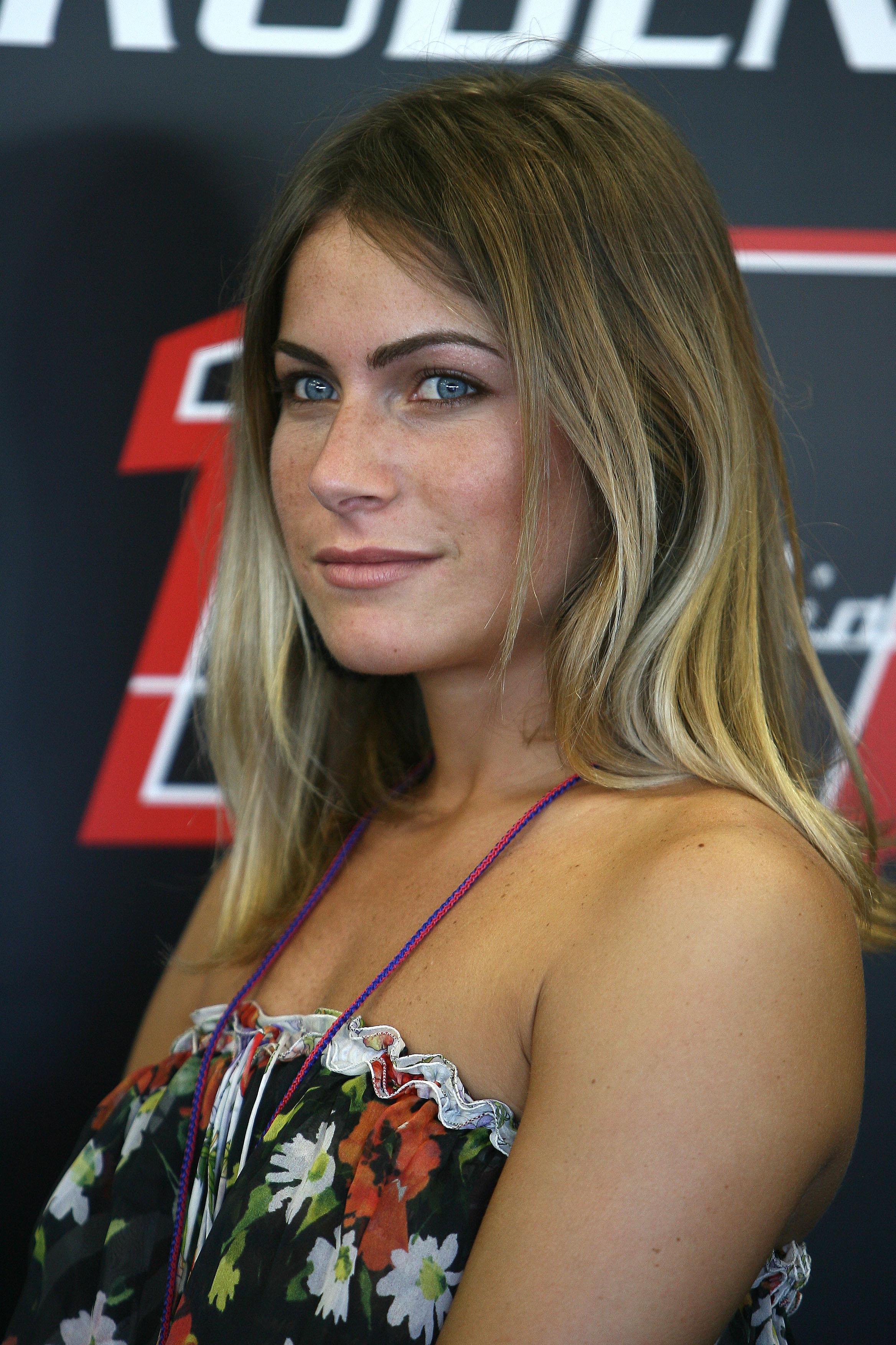 Wsb Max Biaggi S Girlfriend Eleonora Pe Visordown