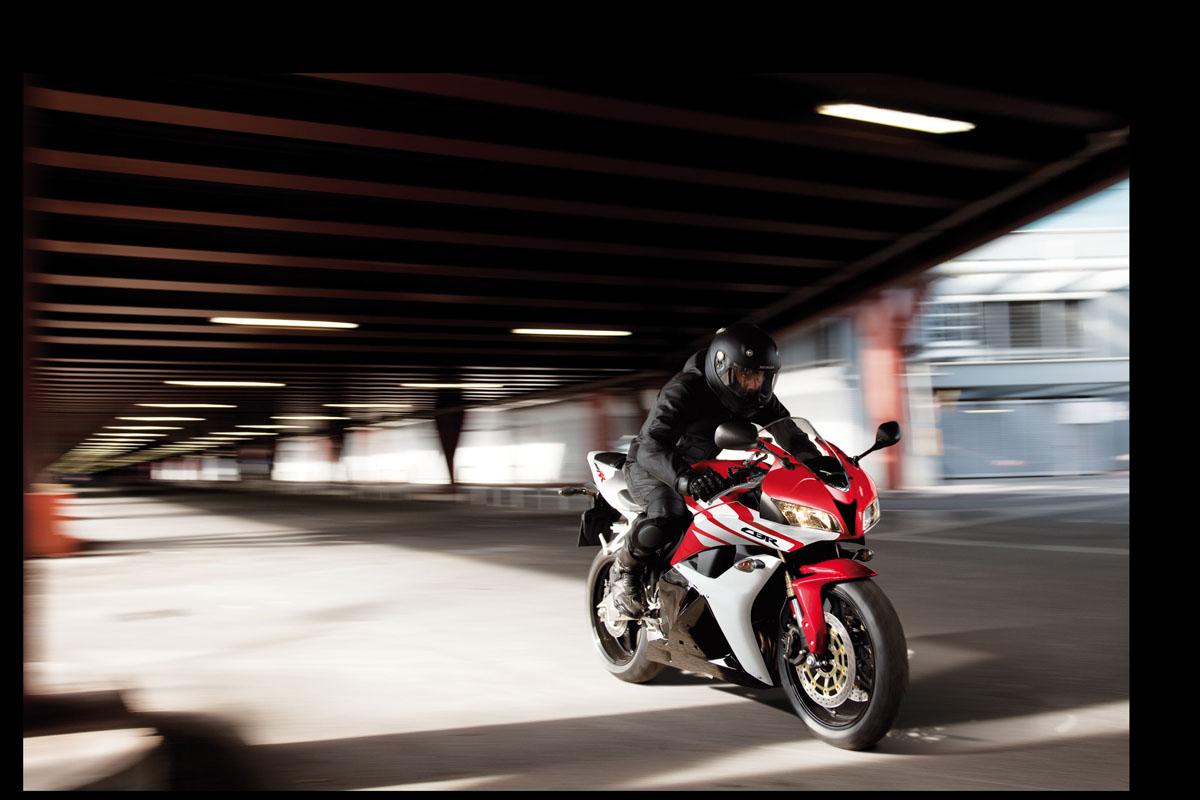 2012 Honda CBR600RR revealed   Visordown