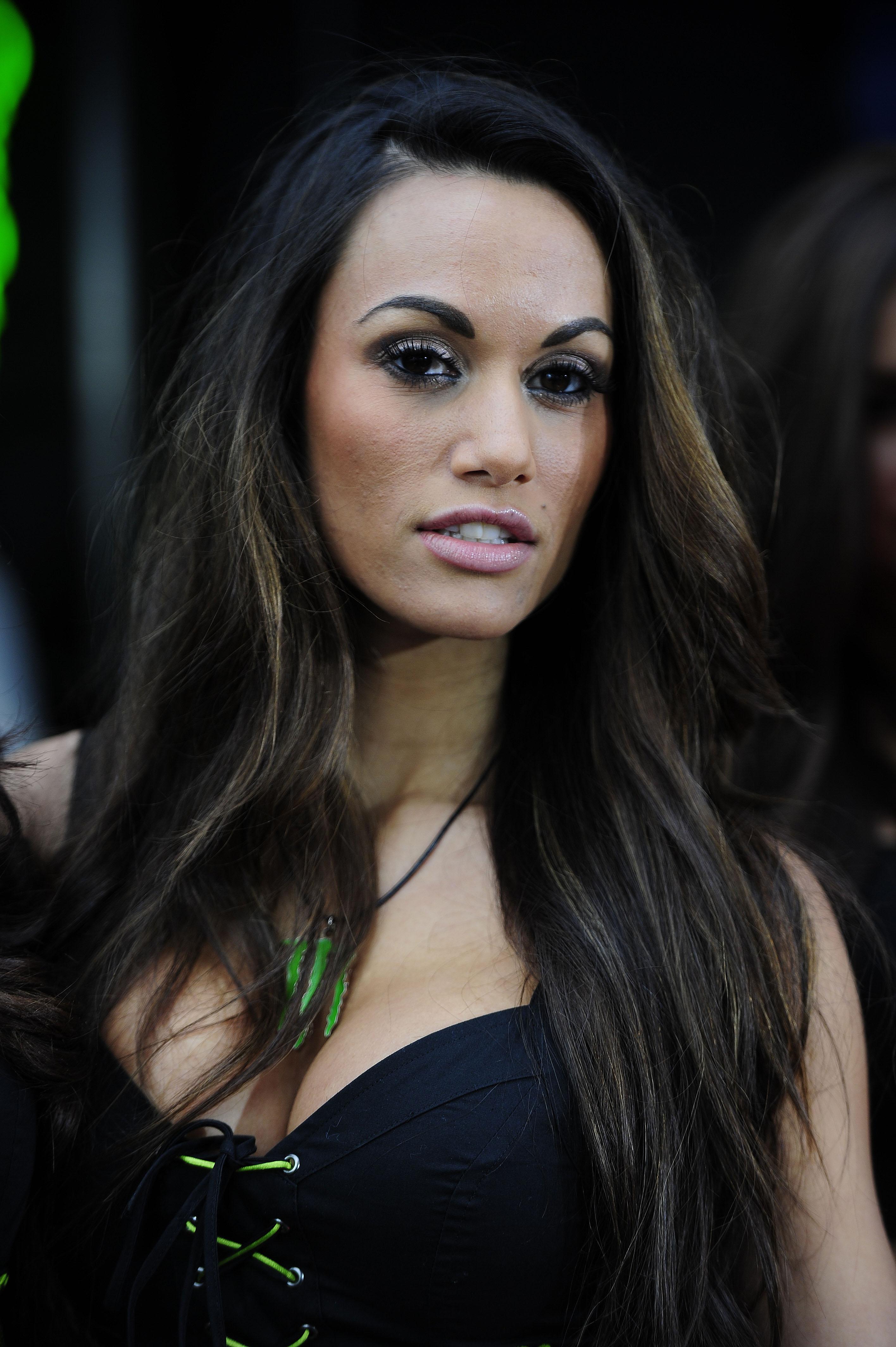 MotoGP grid girl galle...