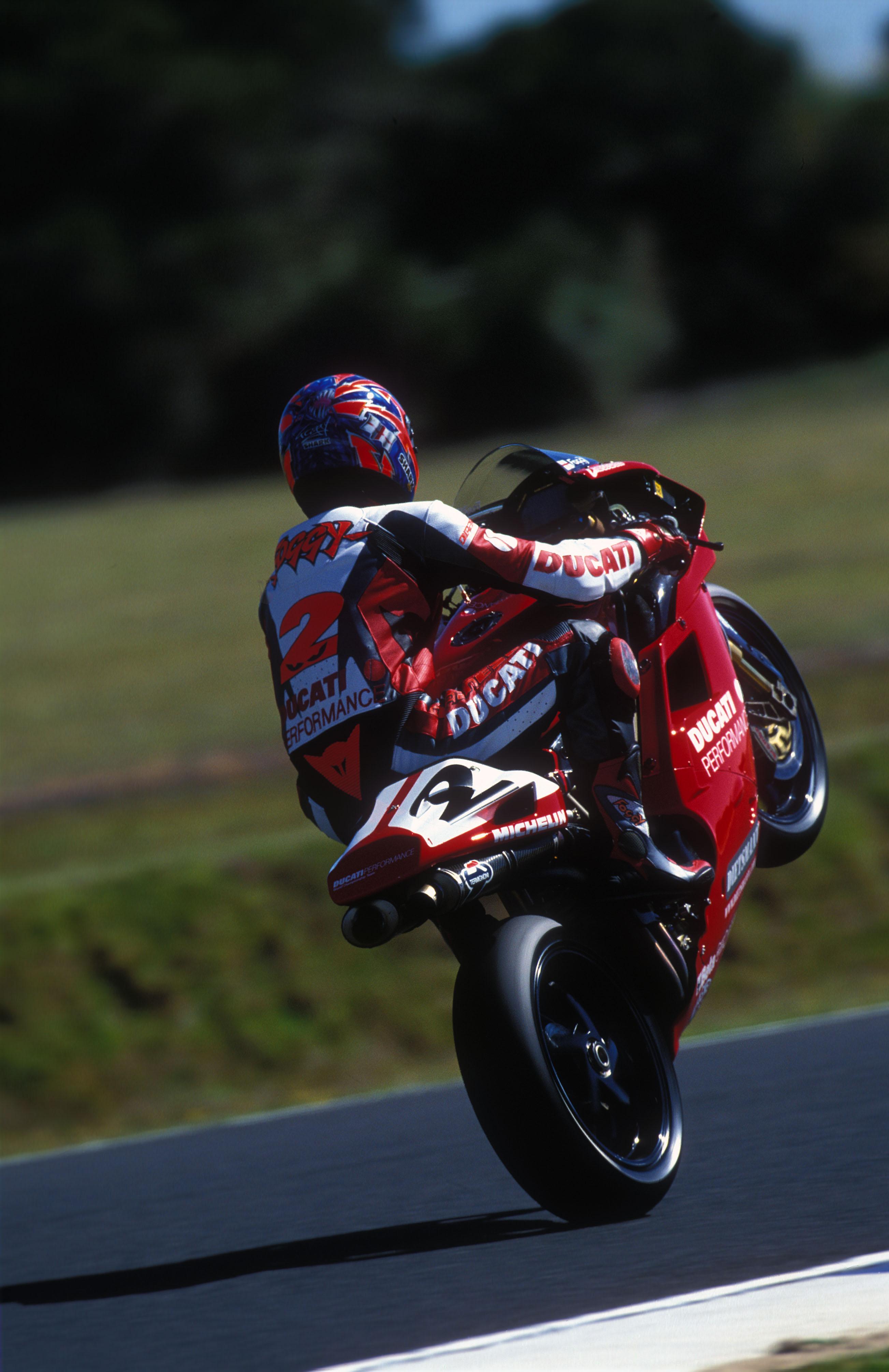 Buy Carl Fogarty S 1998 Ducati 996 Visordown