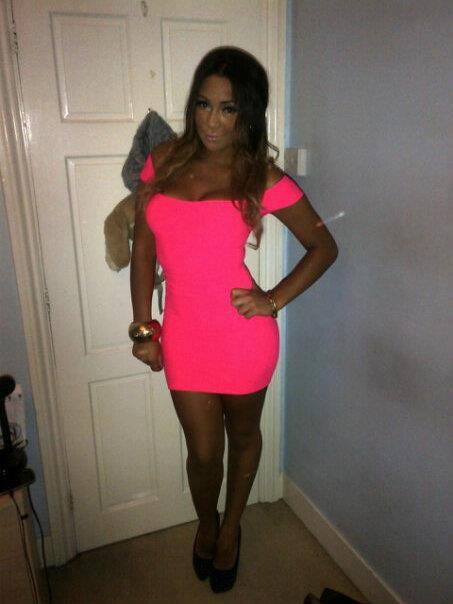 Tara, 23, London