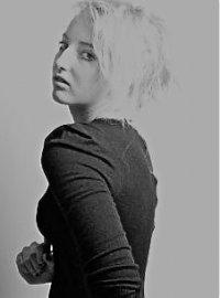 Josephine, 19, Merseyside