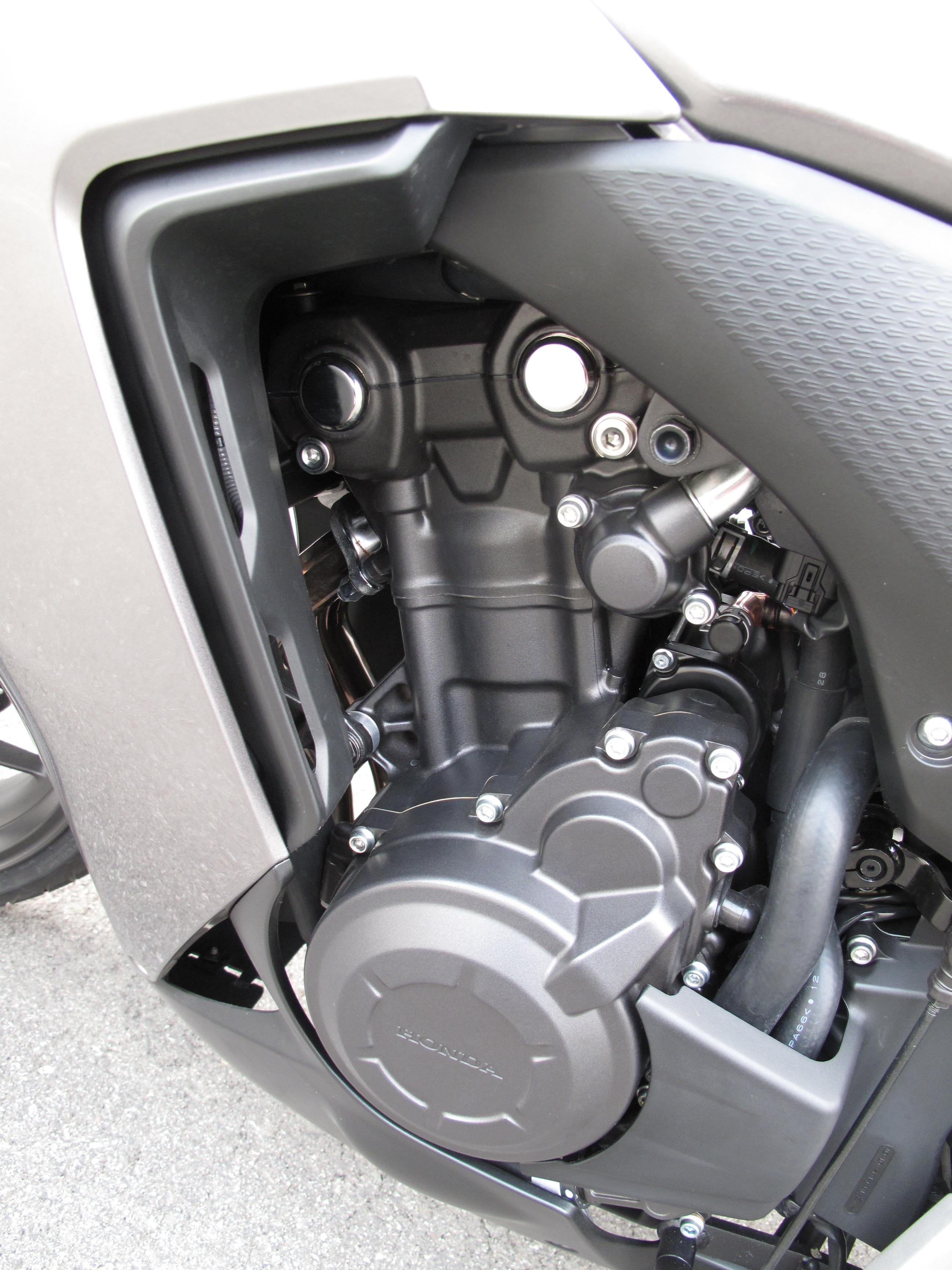 First Ride: 2013 Honda CBR500R review