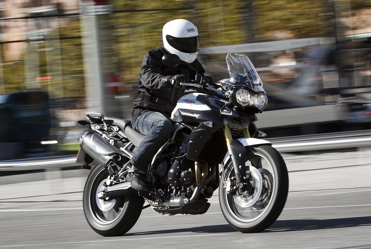 triumph tiger 800 buyers guide