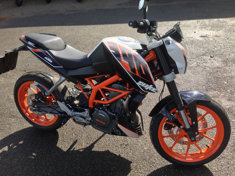 First ride: KTM Duke 390 review