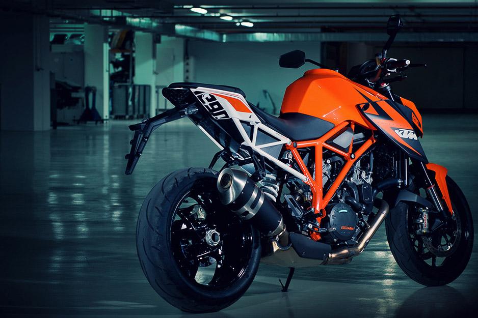2014 KTM 1290 Super Duke R specs revealed