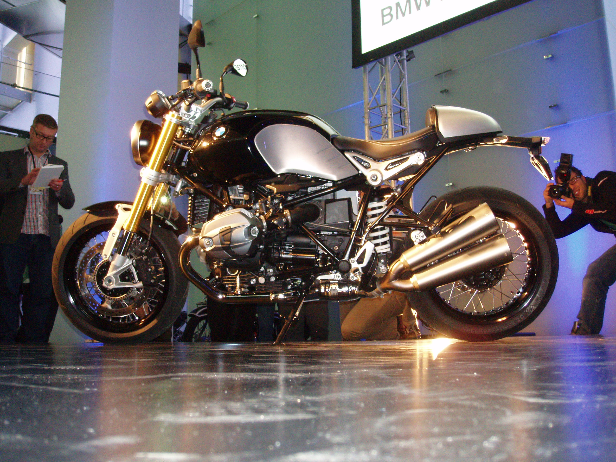 BMW NineT unveiled
