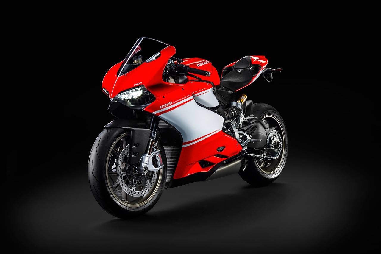 Ducati Panigale Superleggera pictures leaked