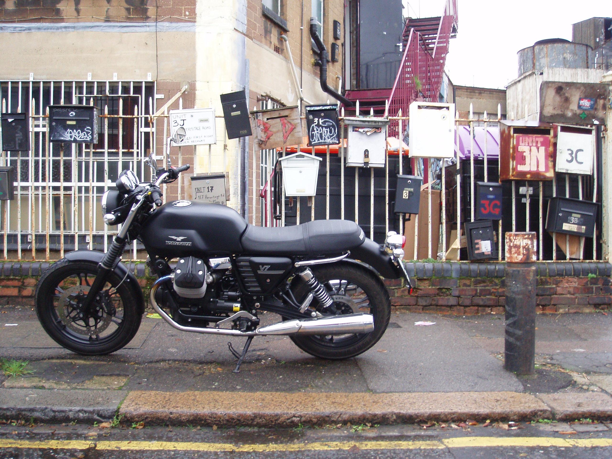 Long-term test: Moto Guzzi V7 Stone review   Visordown