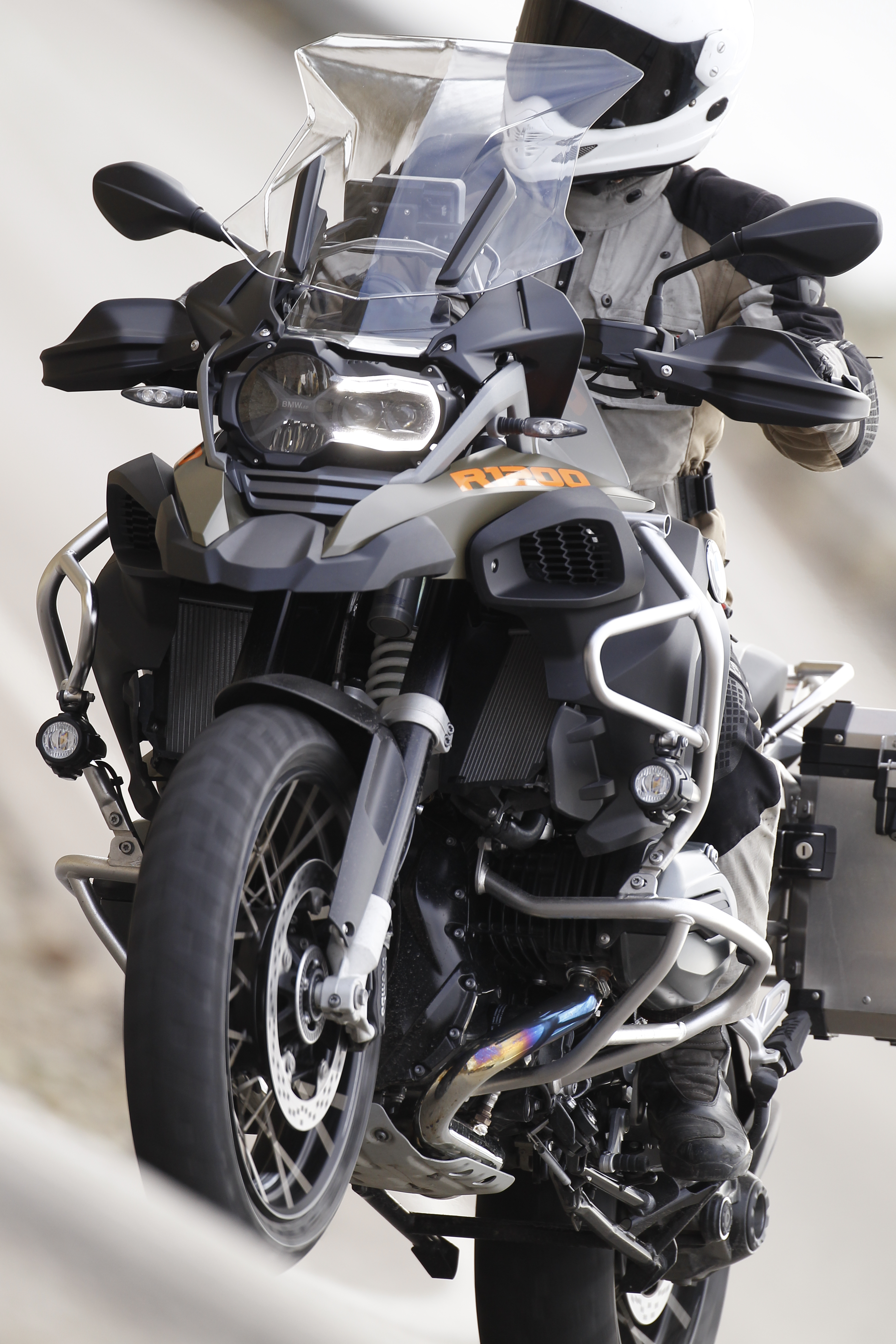Bmw R1200gs Adventure Triple Black 2017 Review: First Ride: BMW R1200GS Adventure Review