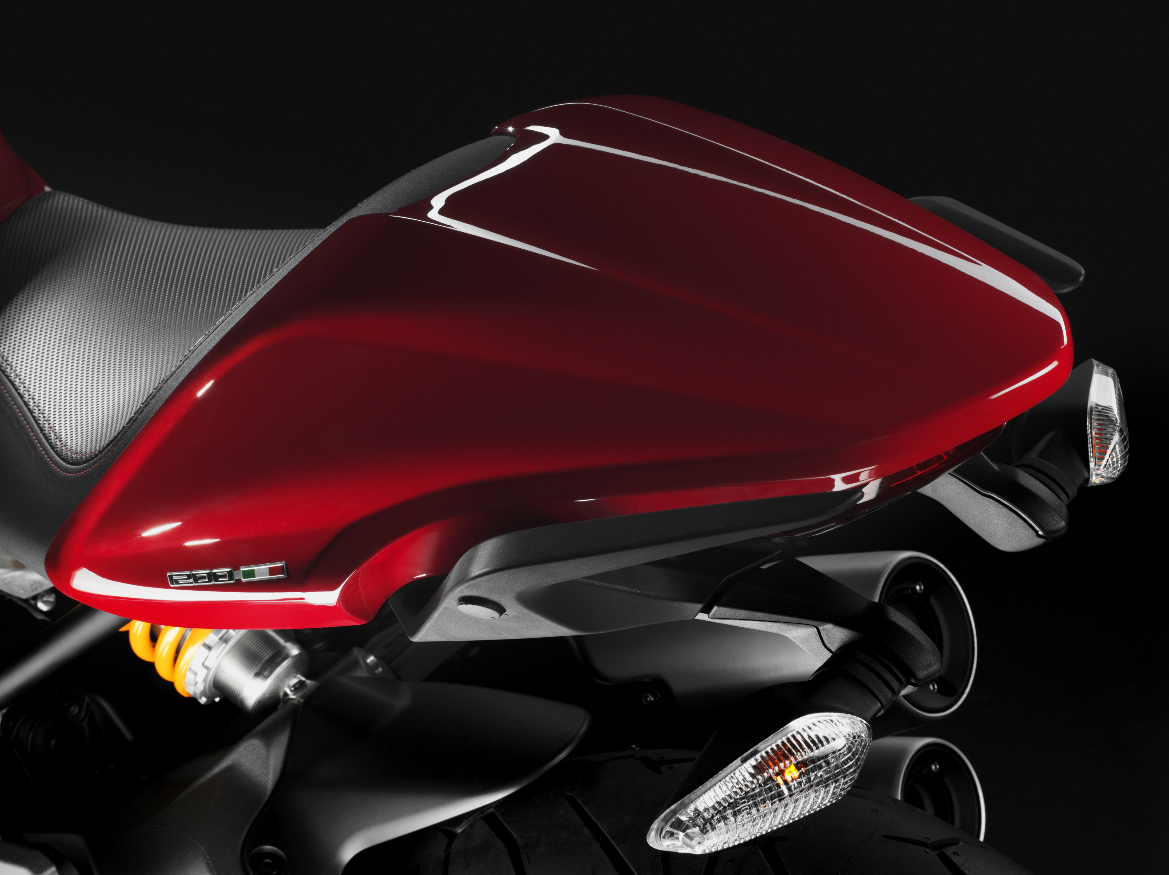 First Ride Ducati Monster 1200s Review Visordown