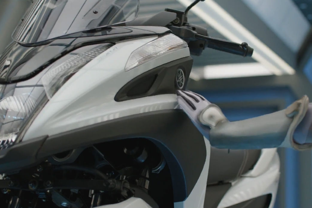 Yamaha Tricity three-wheeled scooter to debut
