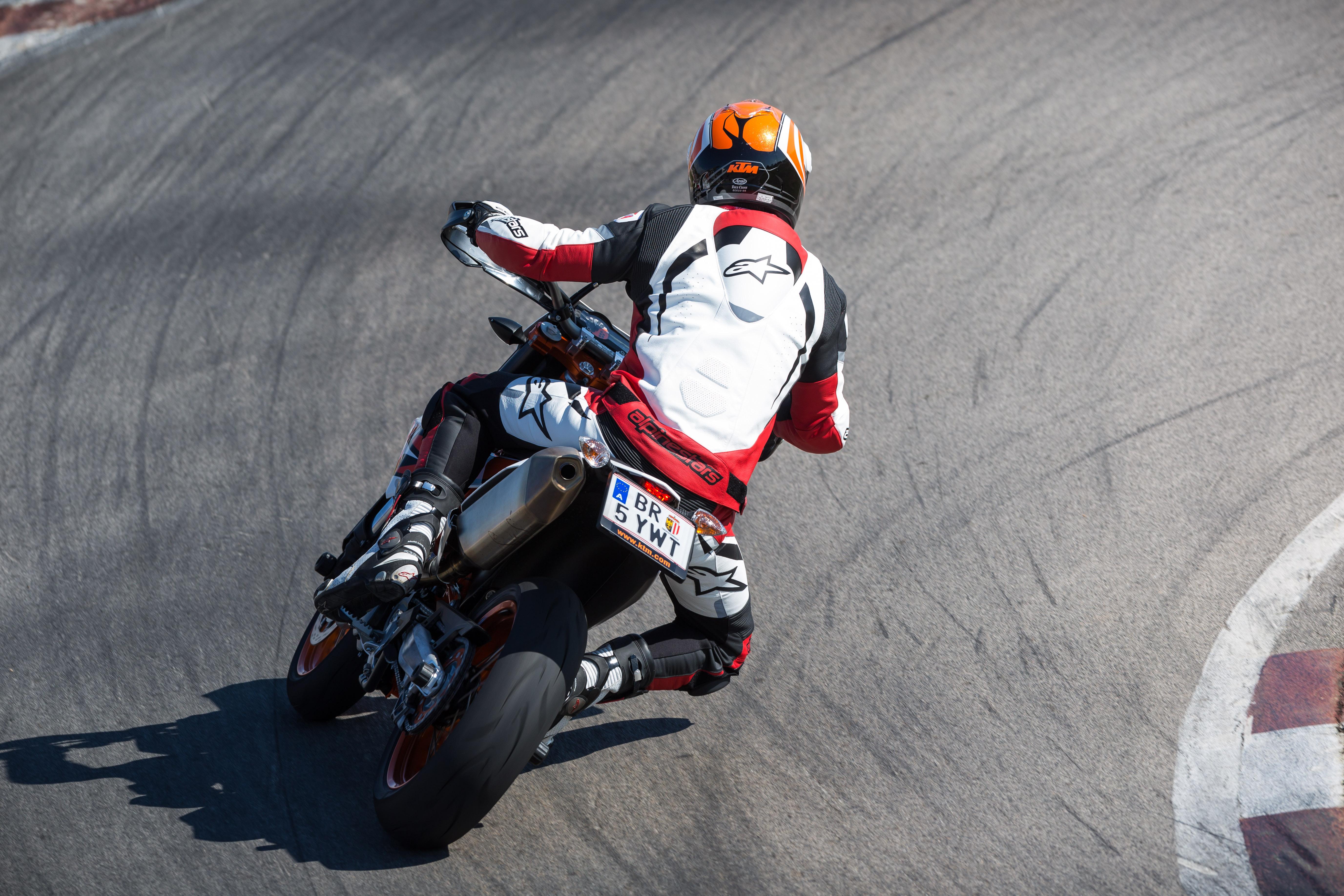first ride: 2014 ktm 690 smc r review | visordown