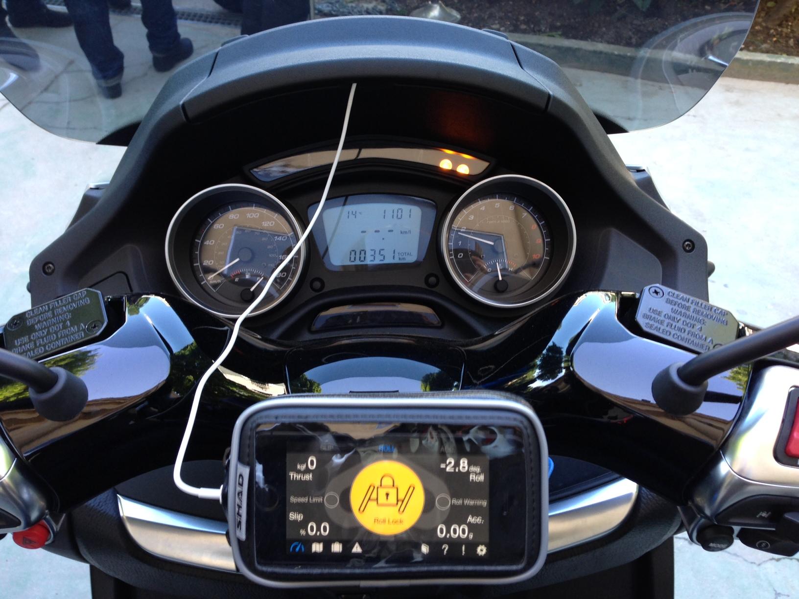 First Ride 2014 Piaggio Mp3 500 Sport R Visordown
