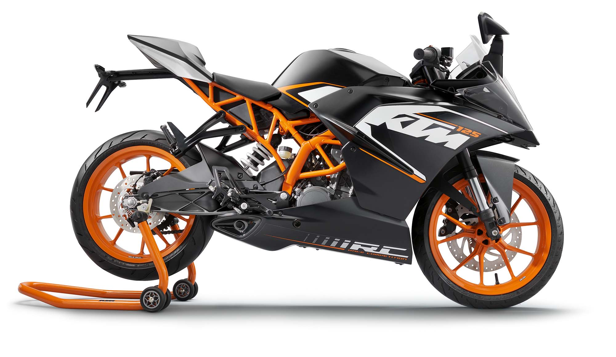 first ride ktm rc 125 review visordown. Black Bedroom Furniture Sets. Home Design Ideas